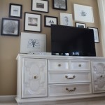 Building a Gallery Wall Around Your TV