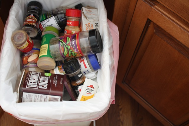 9-cleaning-out-spices