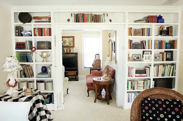 bookcases-over-door