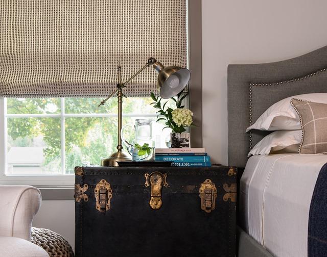 trunk-bedside-table