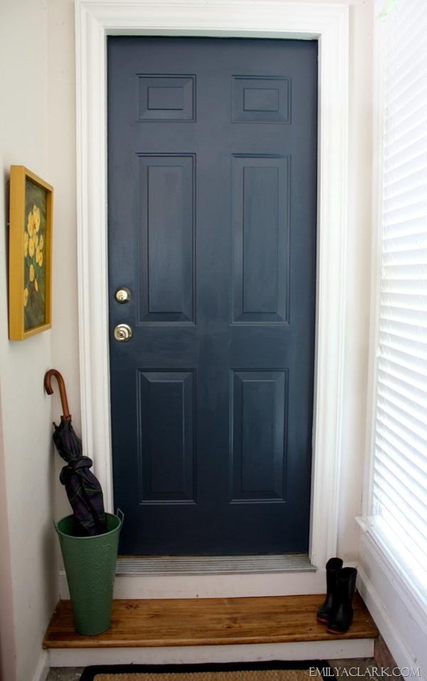 Painting our dirtiest door and a new favorite navy for Navy blue front door