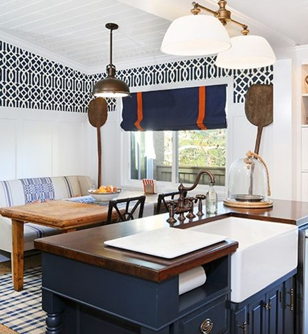 A little wallpaper a big statement emily a clark for Statement kitchen wallpaper