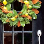 Christmas Decorating: Fresh Wreaths