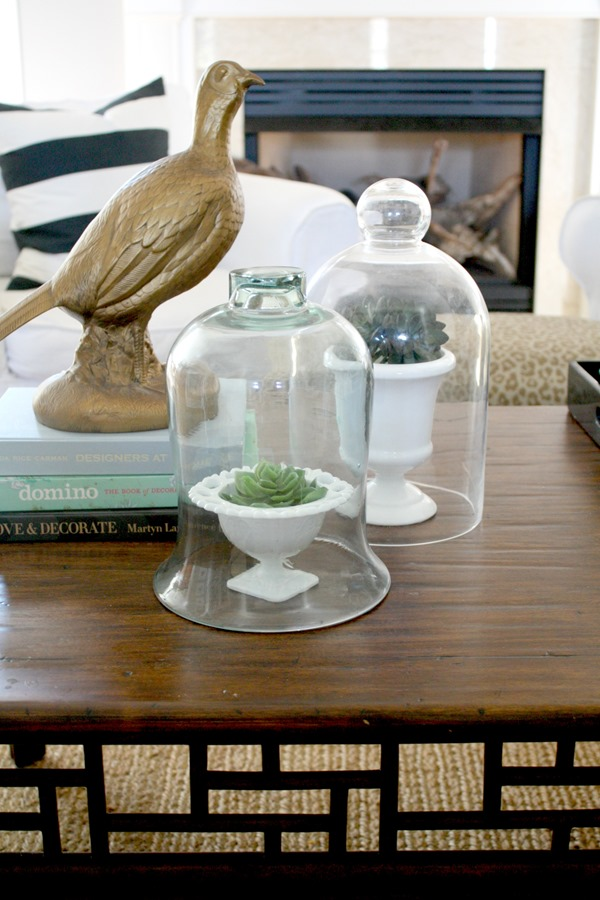 coffee table accessorizing