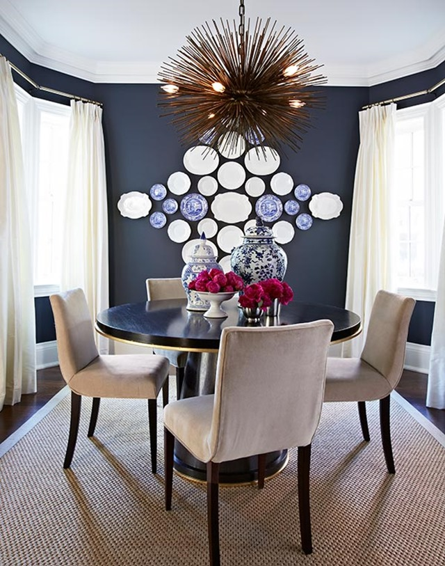 Tips for hanging a statement plate wall