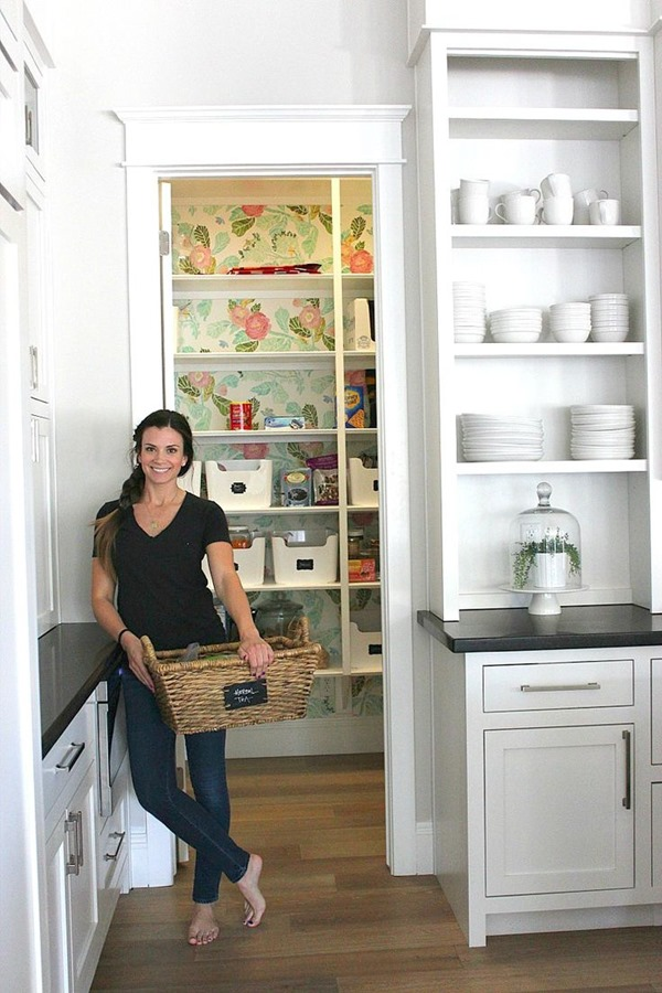 paper-in-pantry