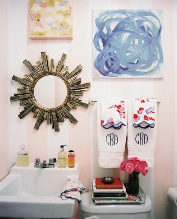 Bathroom Pink striped walls petite bathroom swgQcCA43Mgl