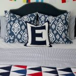 The Boys' Bedroom: Bedding Mix And The Best Throw Blankets