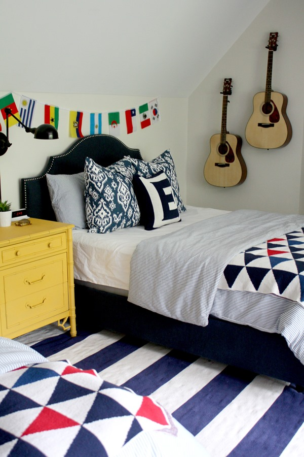 boys-navy-bedroom