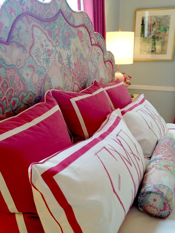 girls-bedroom-pink