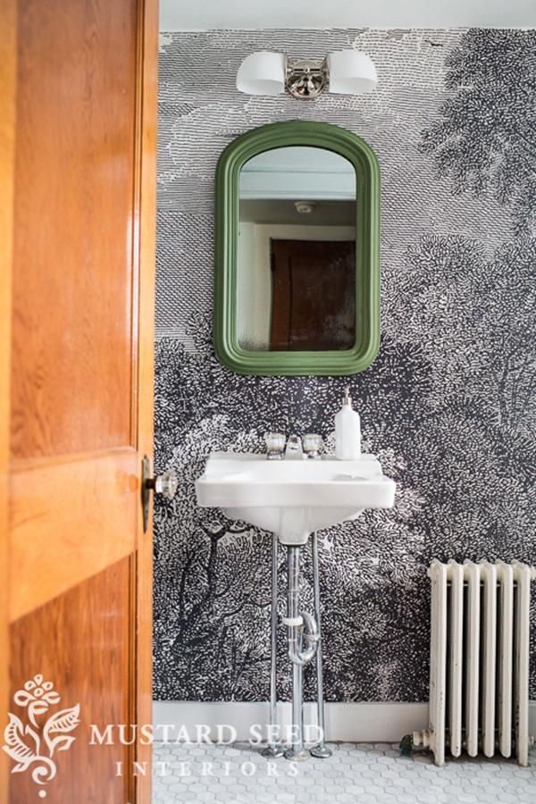 wall-mural-bathroom