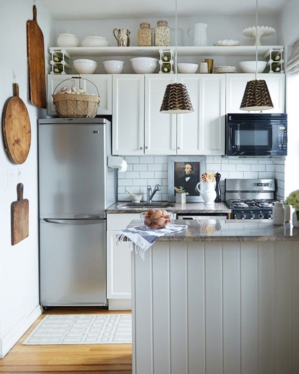 Home accessory inspiration from linen and boxwoods emily - Fotos de cocinas americanas ...
