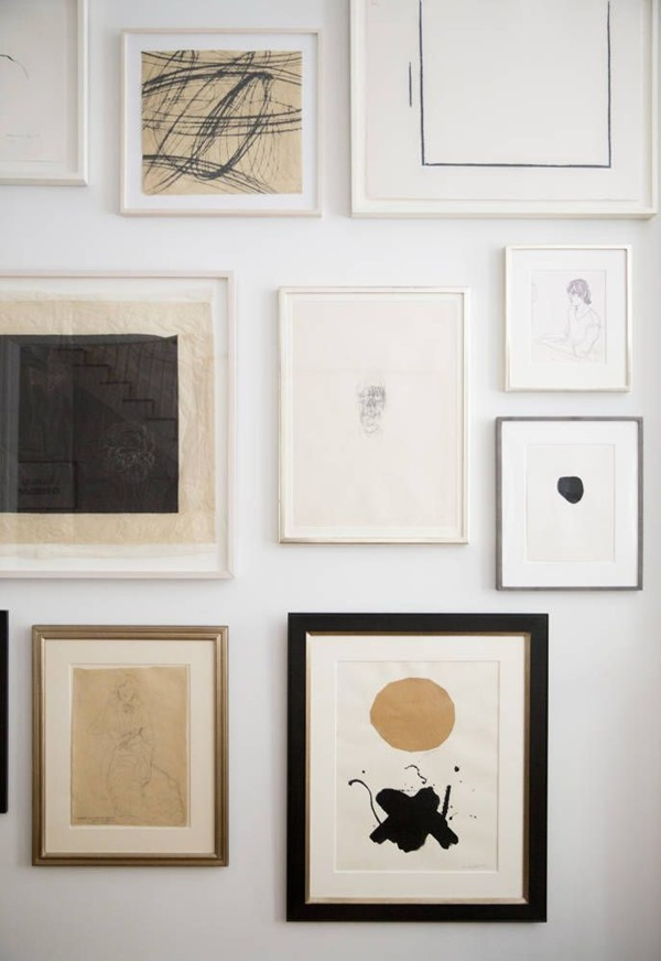 neutral-gallery-wall