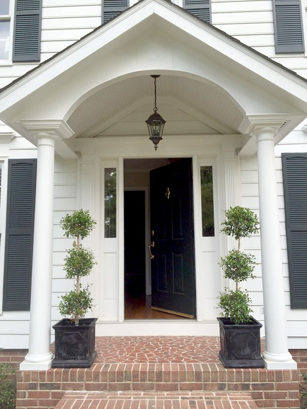 """Our colonial home tour (the """"before"""" photos)"""