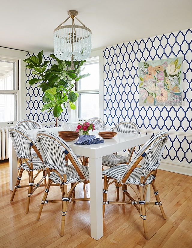 blue-white-dining-room