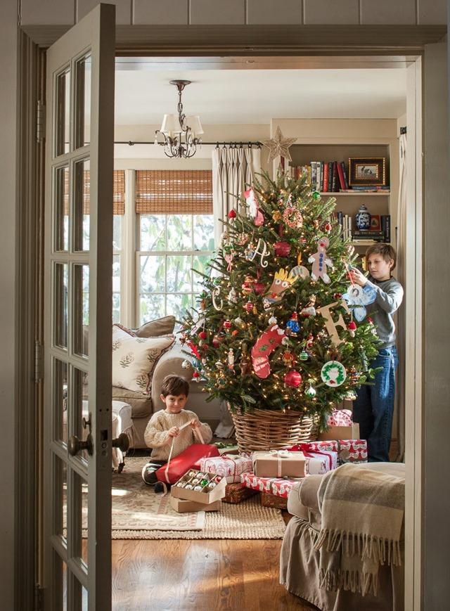 christmas-tree-basket