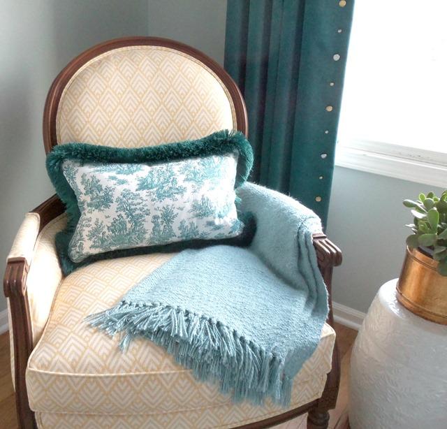 bedroom_chair