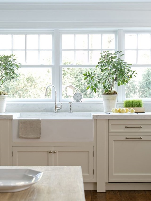 kitchen_sink_window