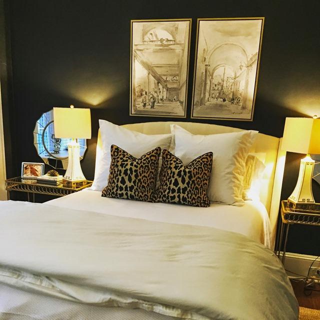 black_bedroom