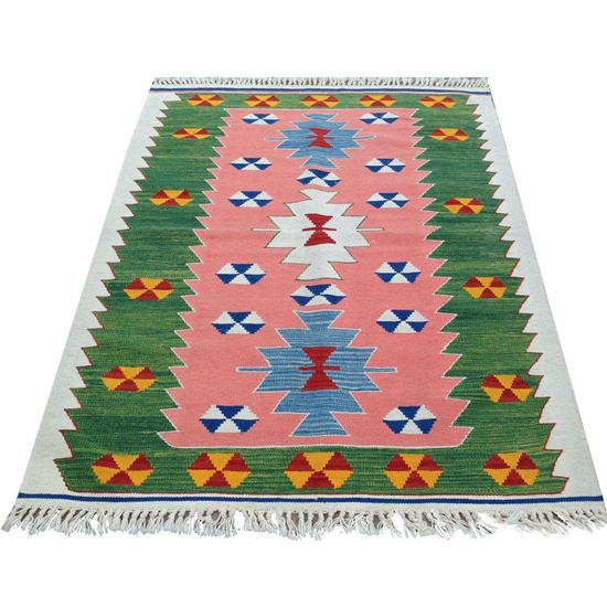 colorful_kilim_rug_Chairish
