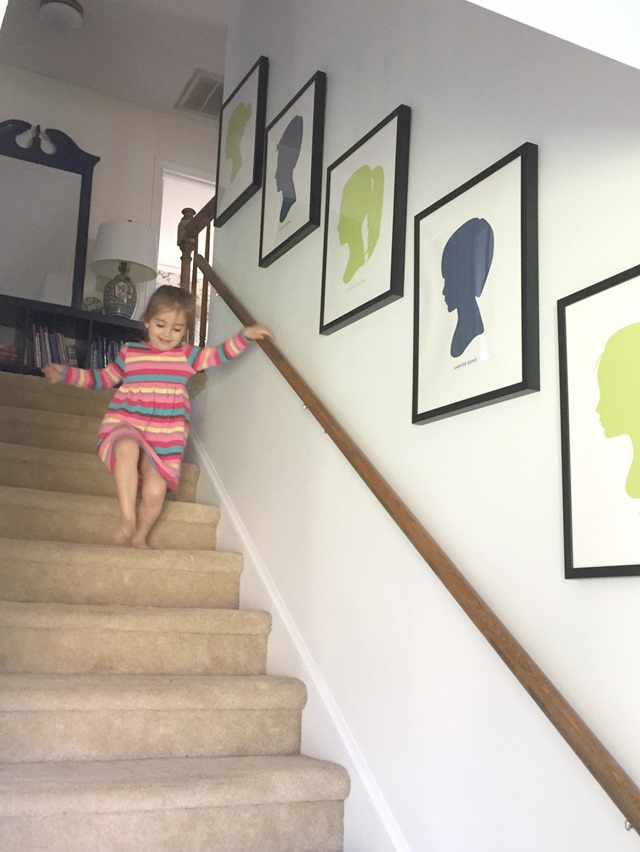 stair_gallery_wall