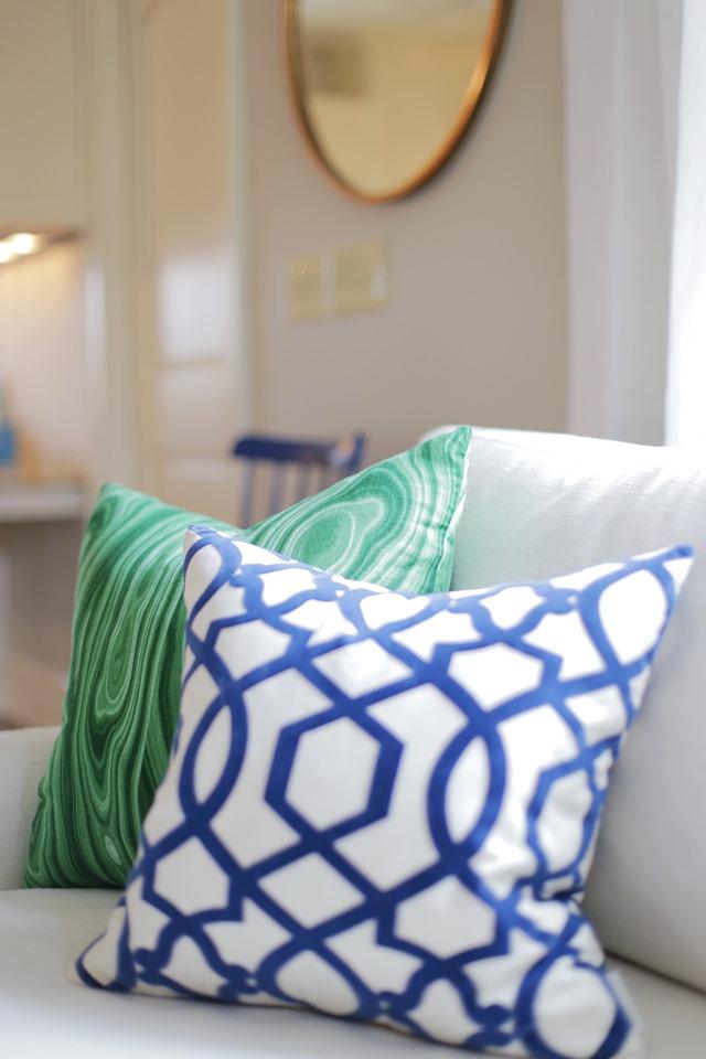 sofa pillows