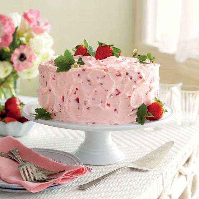 strawberry_lemonade_cake