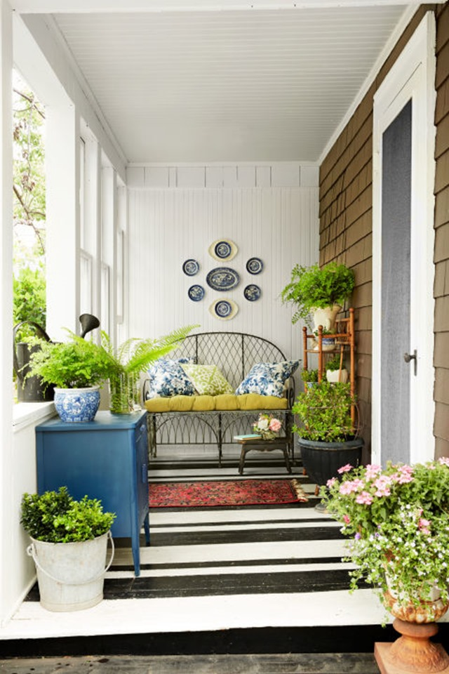 cottage-porch