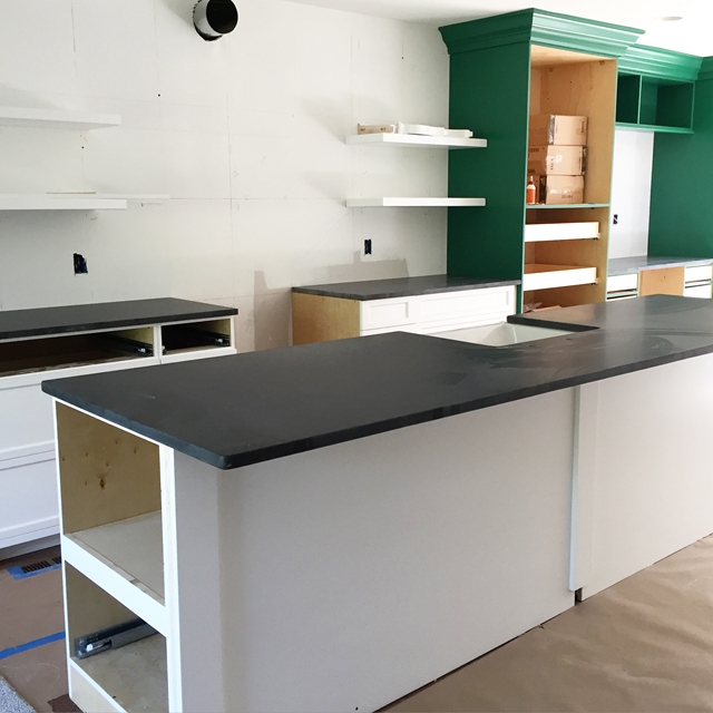 green_kitchen_cabinets
