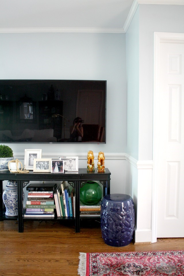 TV console styling