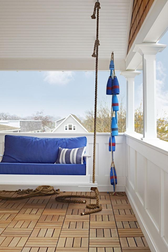 beach_house_swing