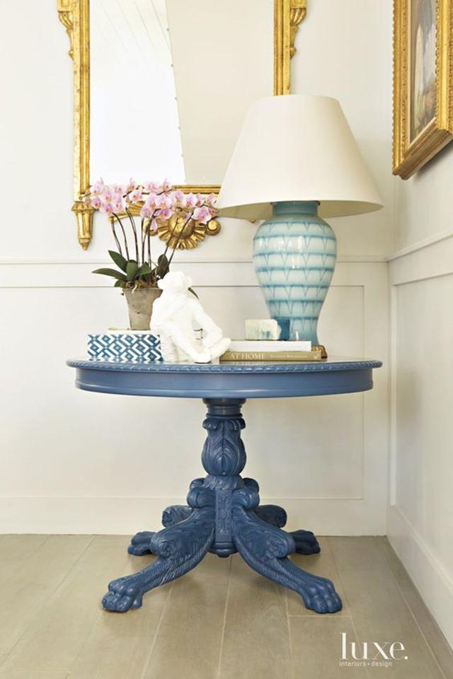blue_white_lamp_3