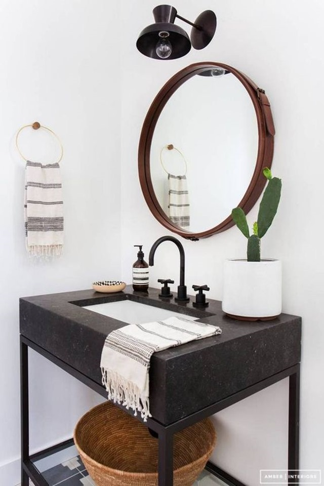 round_mirror_bathroom