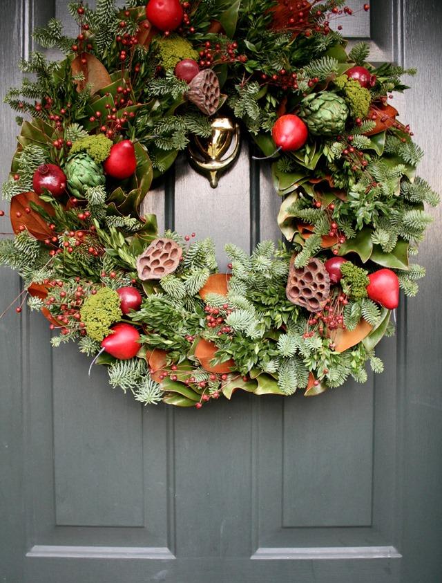 WILLIAMSBURG brand colonial wreath