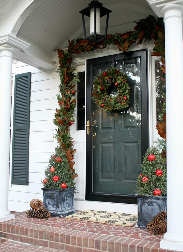 Colonial Christmas front door