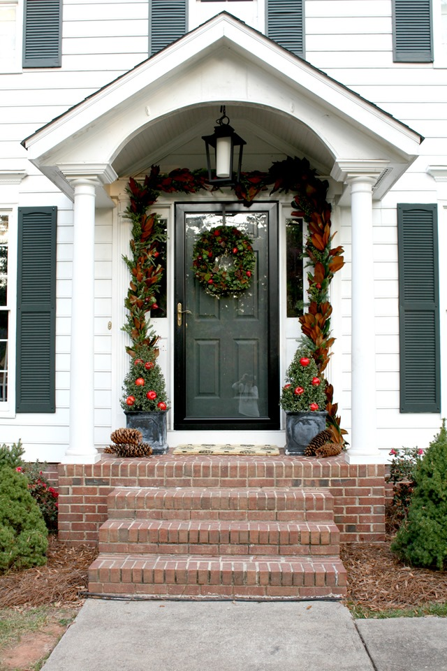 Colonial Home Front Door Christmas Decorating