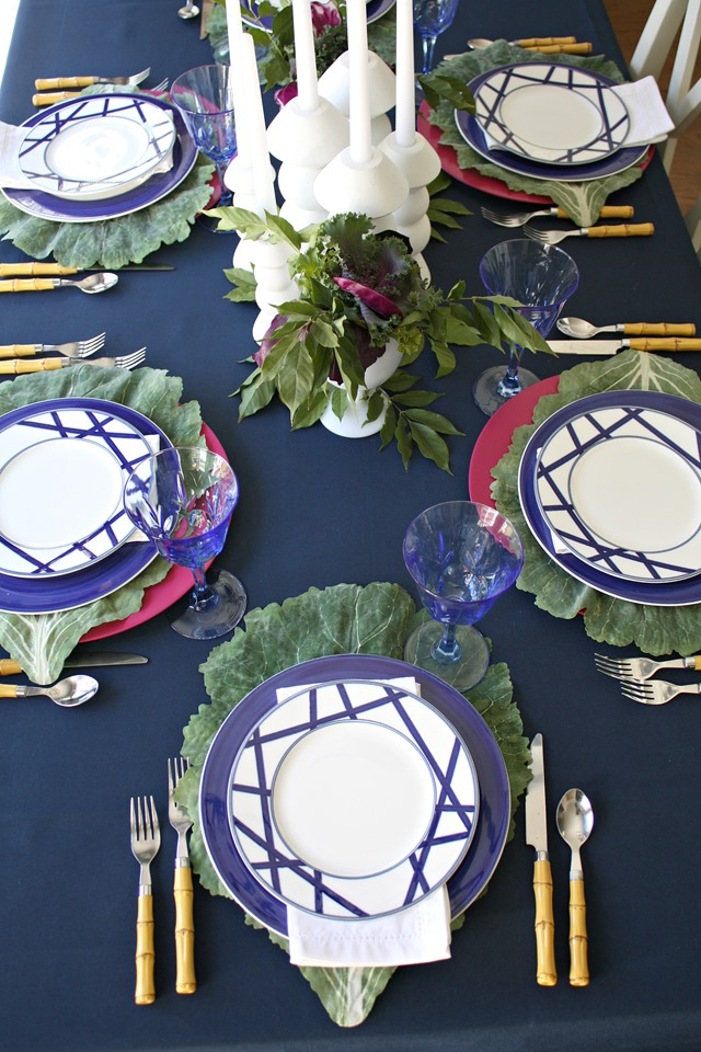 Navy + Plum Thanksgiving table