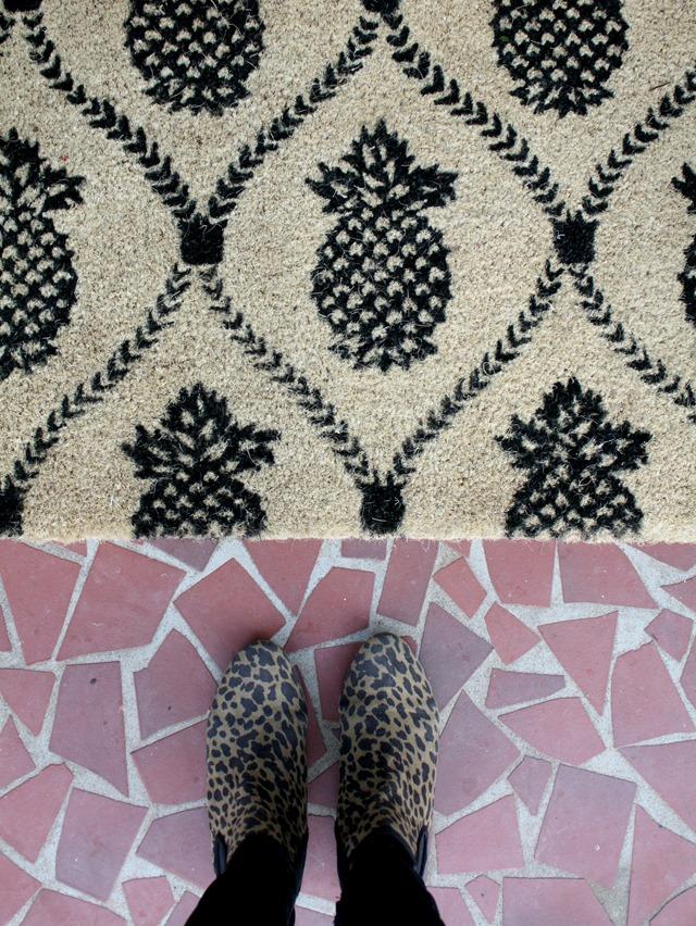 pineapple doormat