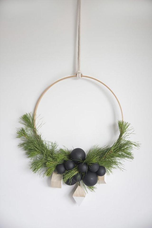 minimal wreaths