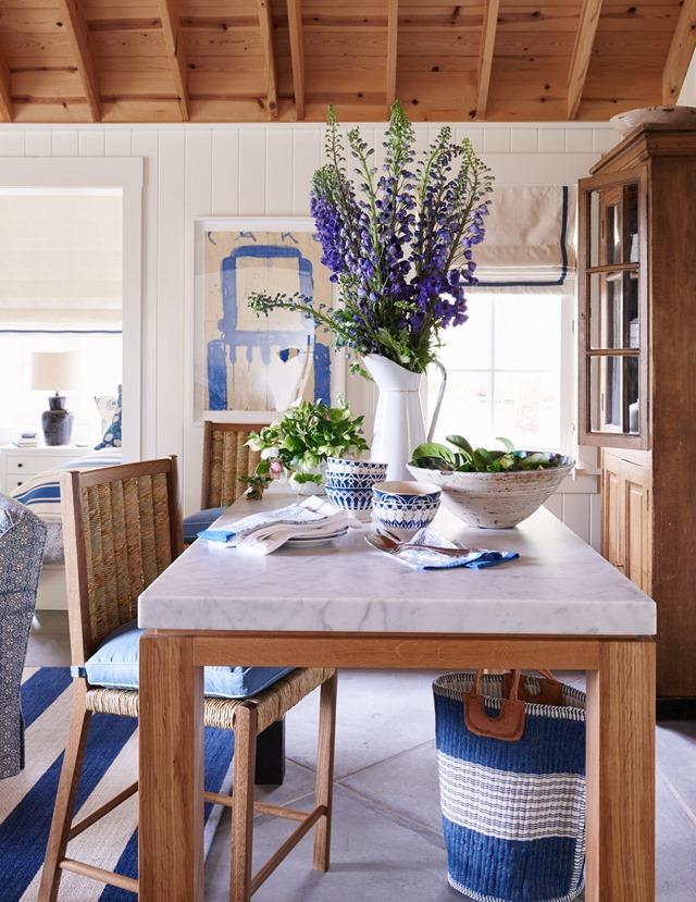 blue-white-decorating