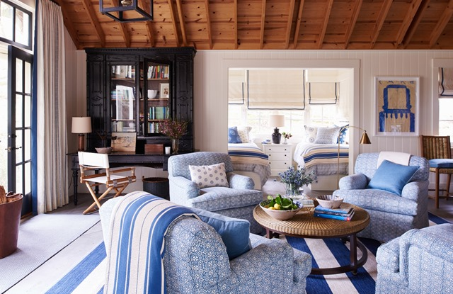 blue-white-living-room