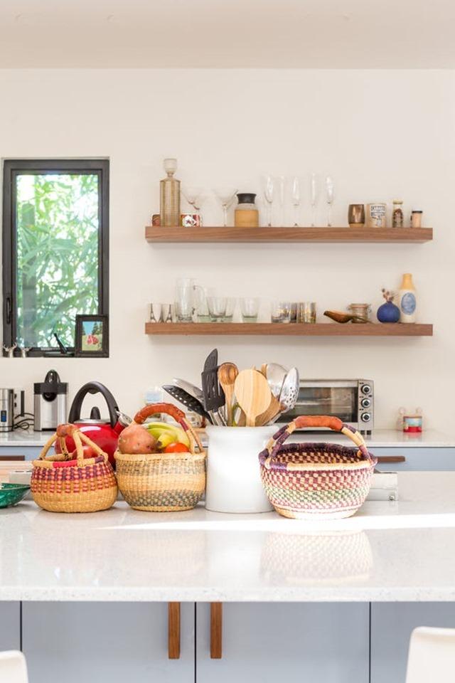 jessica-isaac-kitchen-counter