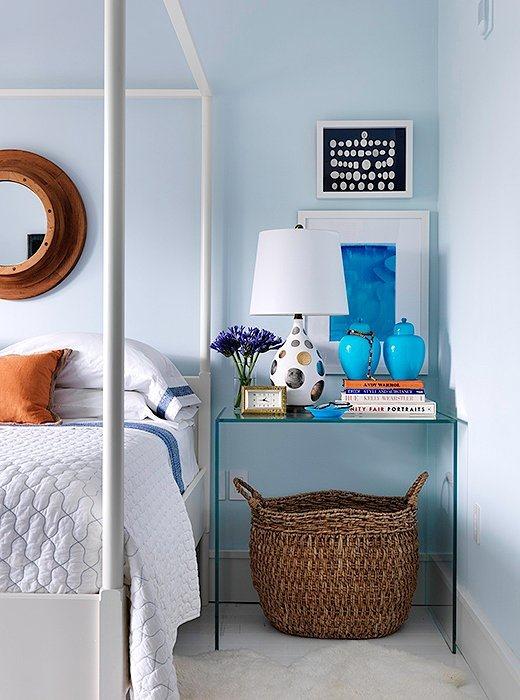 the saturday 6 emily a clark. Black Bedroom Furniture Sets. Home Design Ideas