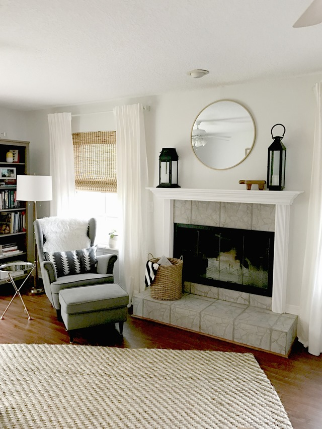 fireplace-mantel-before