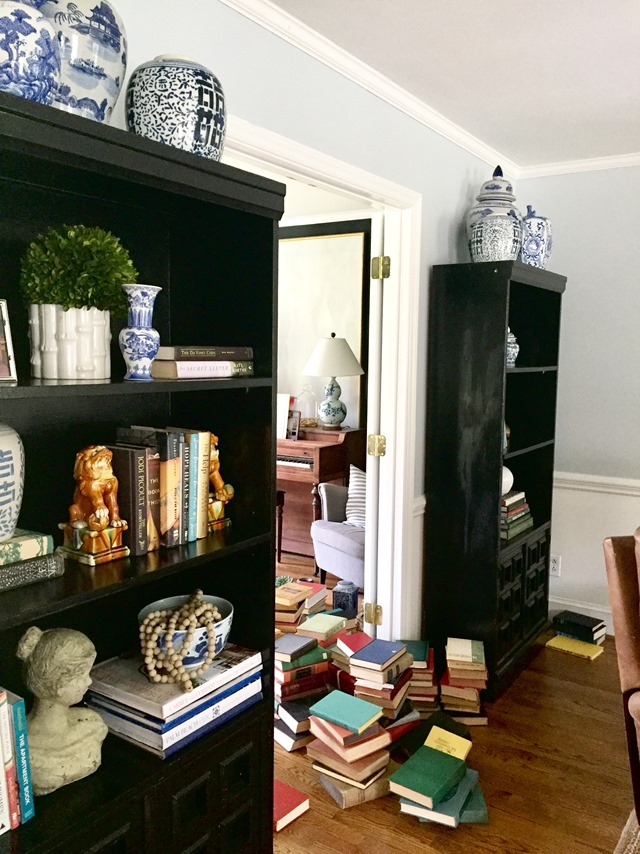 bookcases-doorway