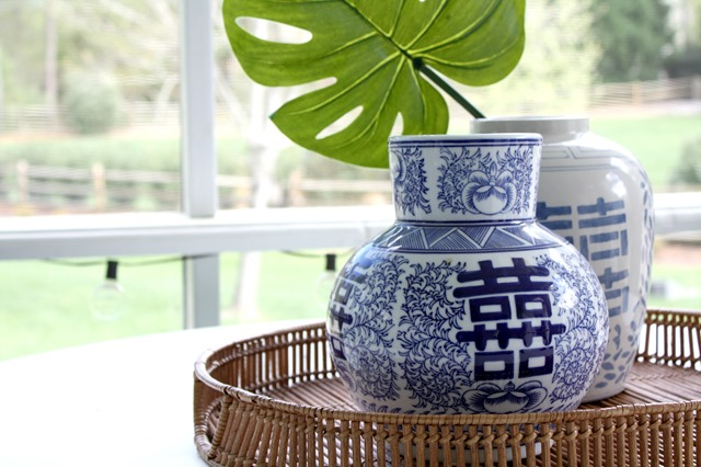 blue-white-accessories