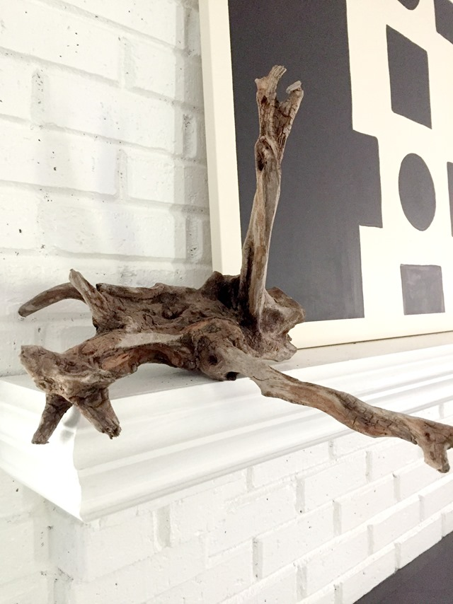 driftwood-on-mantel