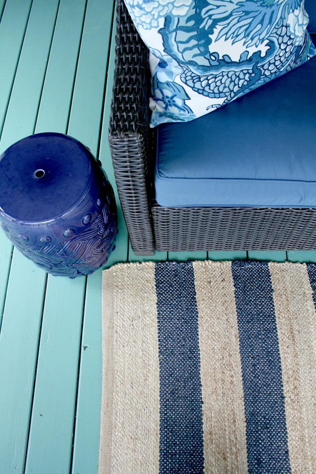 striped-jute-rug