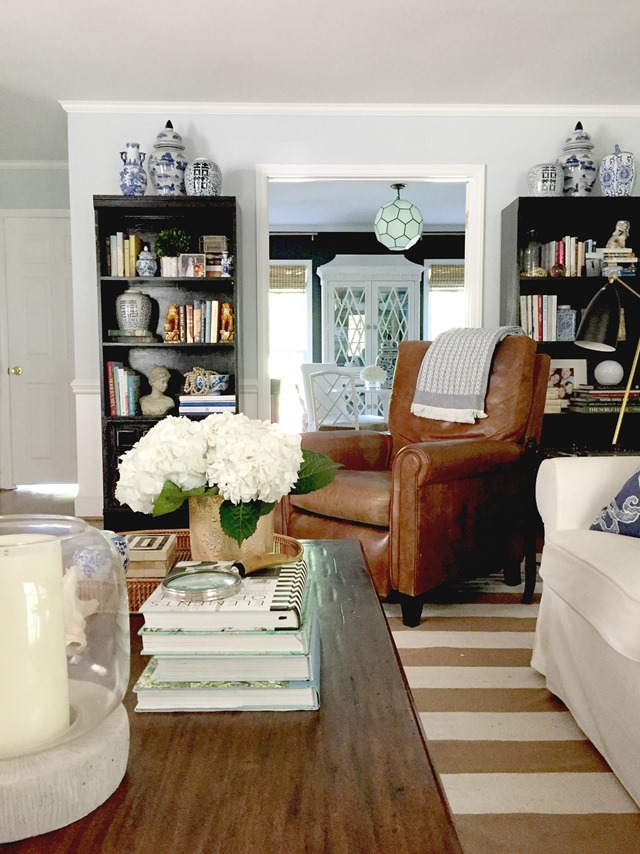 Summer Living Room Black Brown