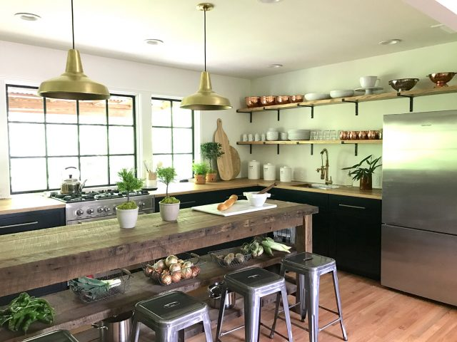 Dear HGTV: Bring Back the Decorating Shows - Emily A. Clark